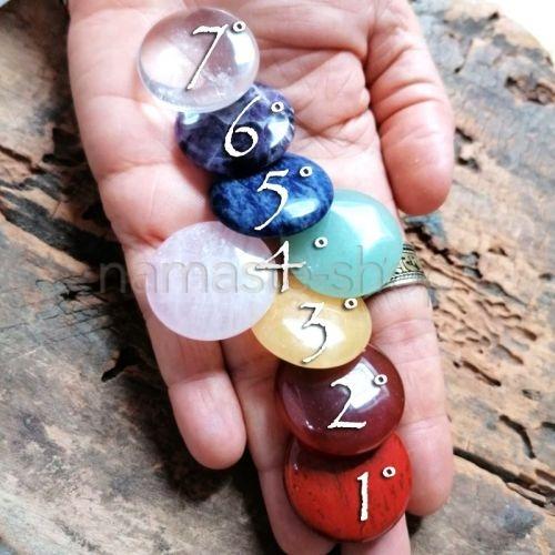 Pietre dei 7 chakra - Riequilibrio energetico - Otto pietre mini saponette