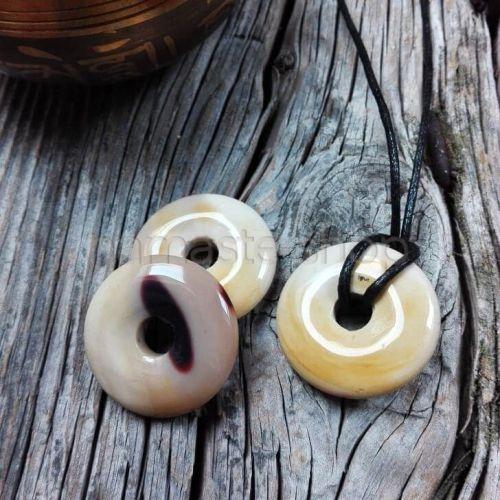 Donuts di MOOKAITE chiara - Ciondolo portafortuna